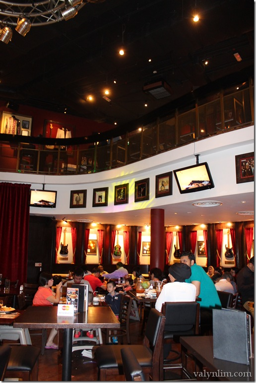 Hard Rock Cafe 329